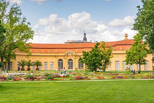 Deutsch und Fremdsprachen in Sprachschule Aktiv in Erlangen