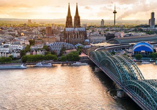 Deutsch und Fremdsprachen in Sprachschule Aktiv in Köln