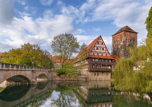 Deutsch und Fremdsprachen in Sprachschule Aktiv in Nürnberg