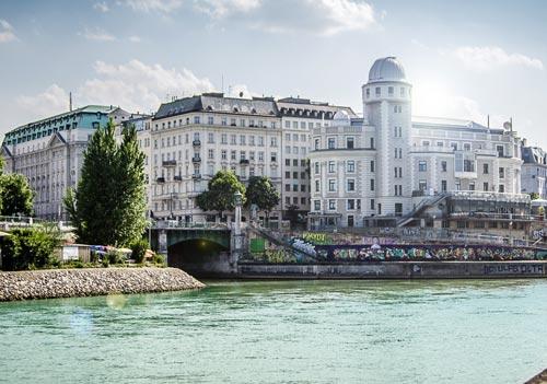Deutsch und Fremdsprachen in Sprachschule Aktiv in Wien